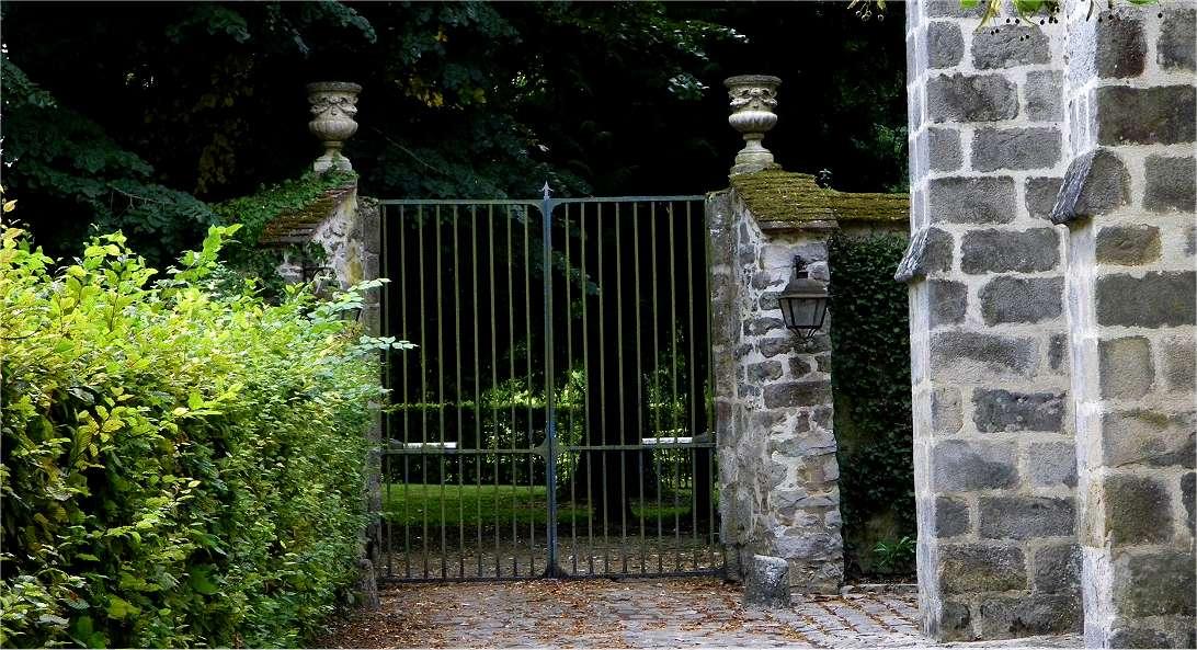 Grille chateau eglise1