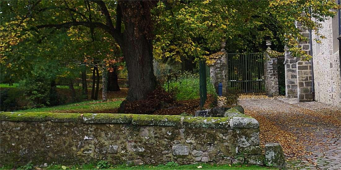 Grille chateau eglise2